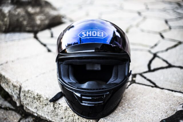 バイクのフルフェイスヘルメットのSHOEI Z-7・Kabuto KAMUI-IIIを被り比べました